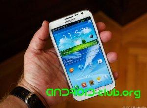 В российских салонах продается смартфон от Samsung версии Galaxy Note2