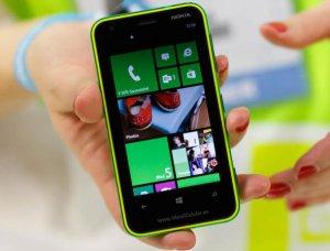 Смартфон Lumia 620 от Nokia уже доступен российским пользователям