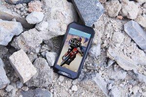 Компания Nomu выпустила смартфон с высокой степенью защиты под названием S30 Mini